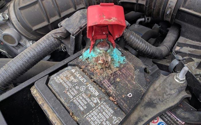 زدن باتری ماشین